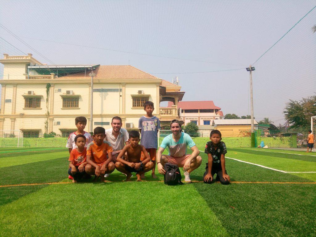 niños del proyecto solidario en tailandia