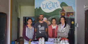 viaje solidario en laos